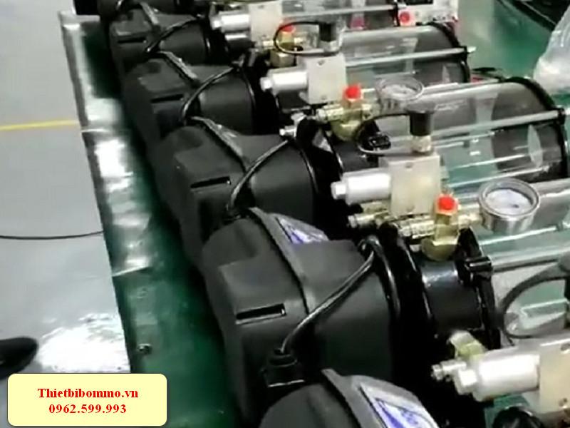 Máy bơm mỡ bôi trơn tự động dành cho máy nông nghiệp chính hãng